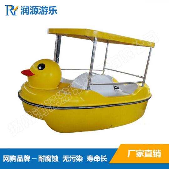 品质保证4人大黄鸭水上脚踏船,适用于公园景区游览观光